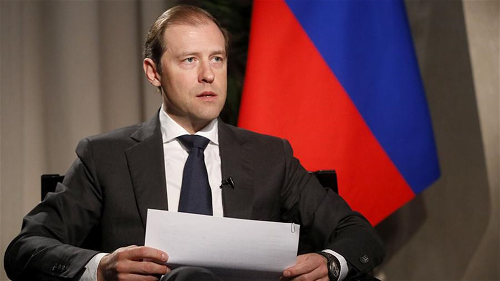 Photo of Manturov announces the production of drugs in Russia to fight COVID-19