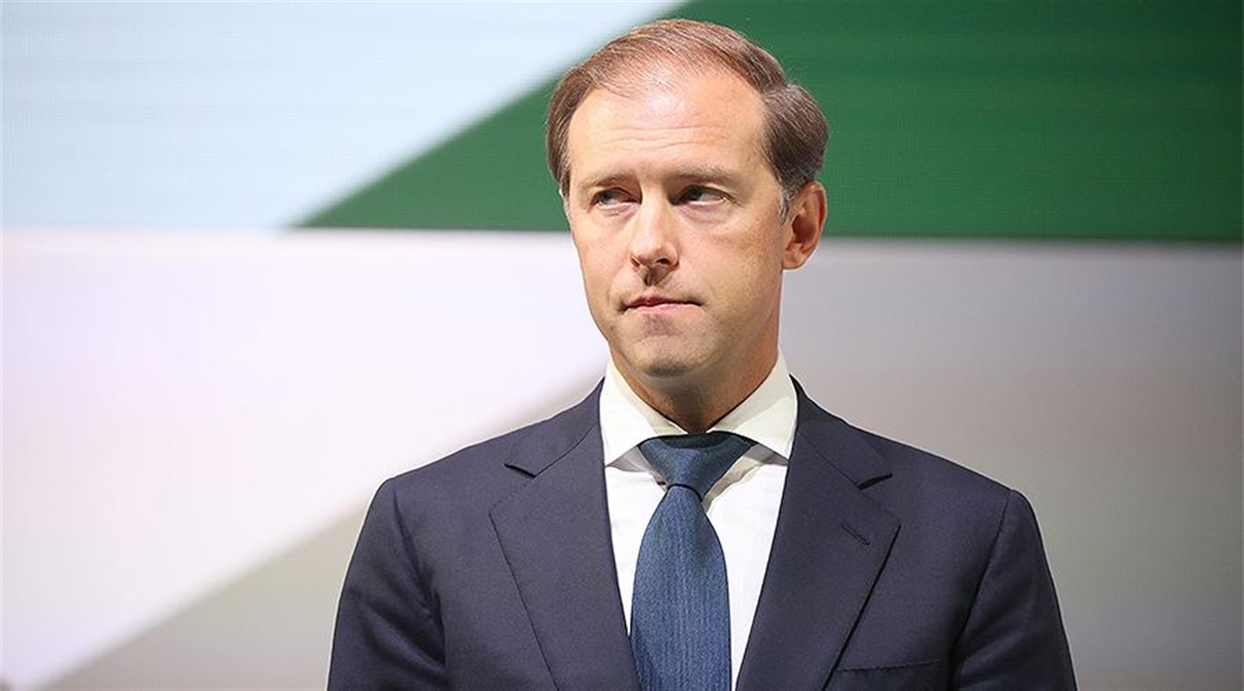 Photo of Manturov allows the appearance of a coronavirus vaccine until the end of 2020