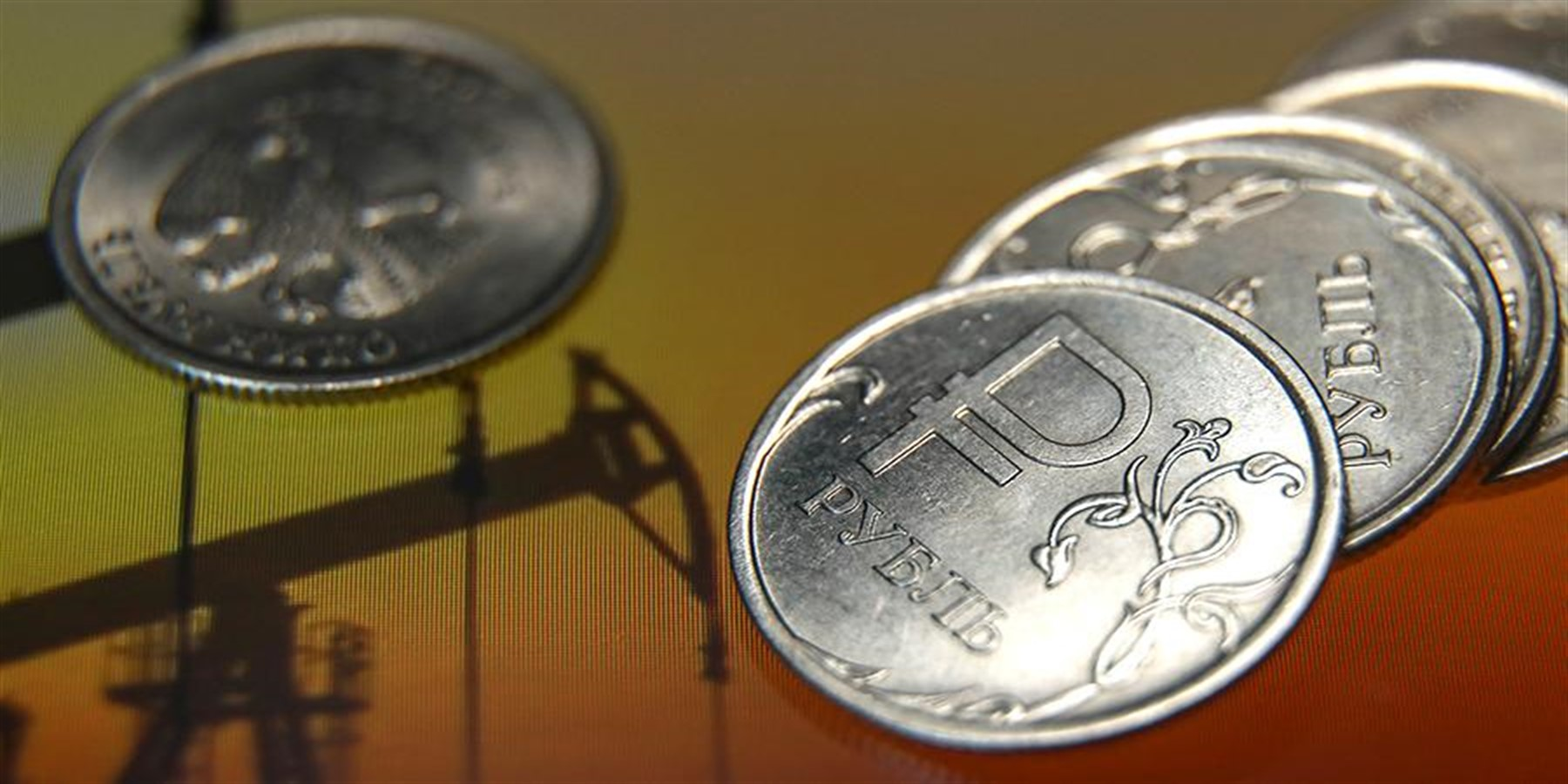 WTI oil prices on the ruble exchange rate