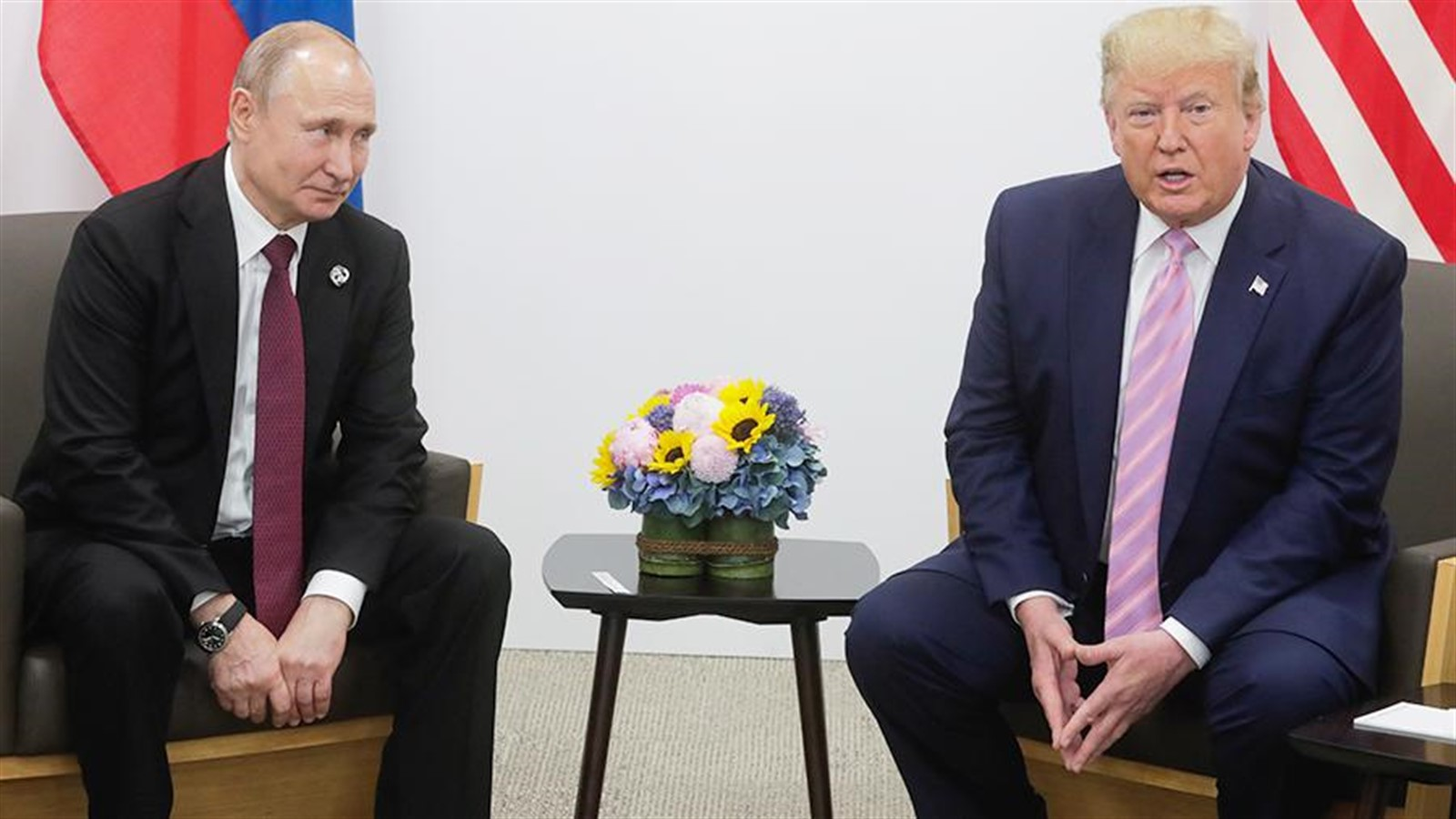 Photo of Kremlin tells about the talks between Putin and trump