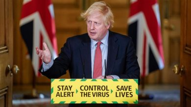 British Prime Minister Boris Johnson, who suffered from a coronavirus infection, complained of poor vision. During a press conference on may 25,