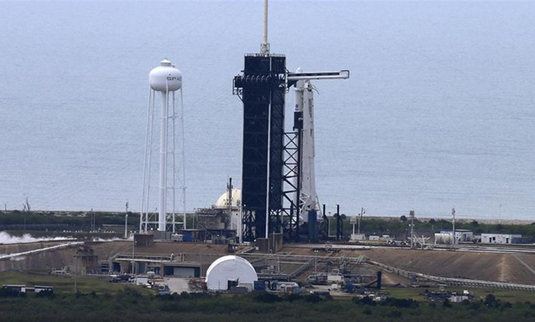 The first launch since 2011 of the American manned ship Crew Dragon by SpaceX, which was supposed to take place on May 27 at 23:33 Moscow time,