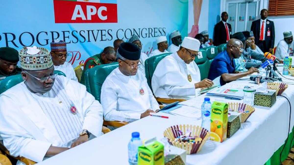 Photo of Buhari, APC govs resolve all party Crisis, appoints Yobe governor as Caretaker Chairman