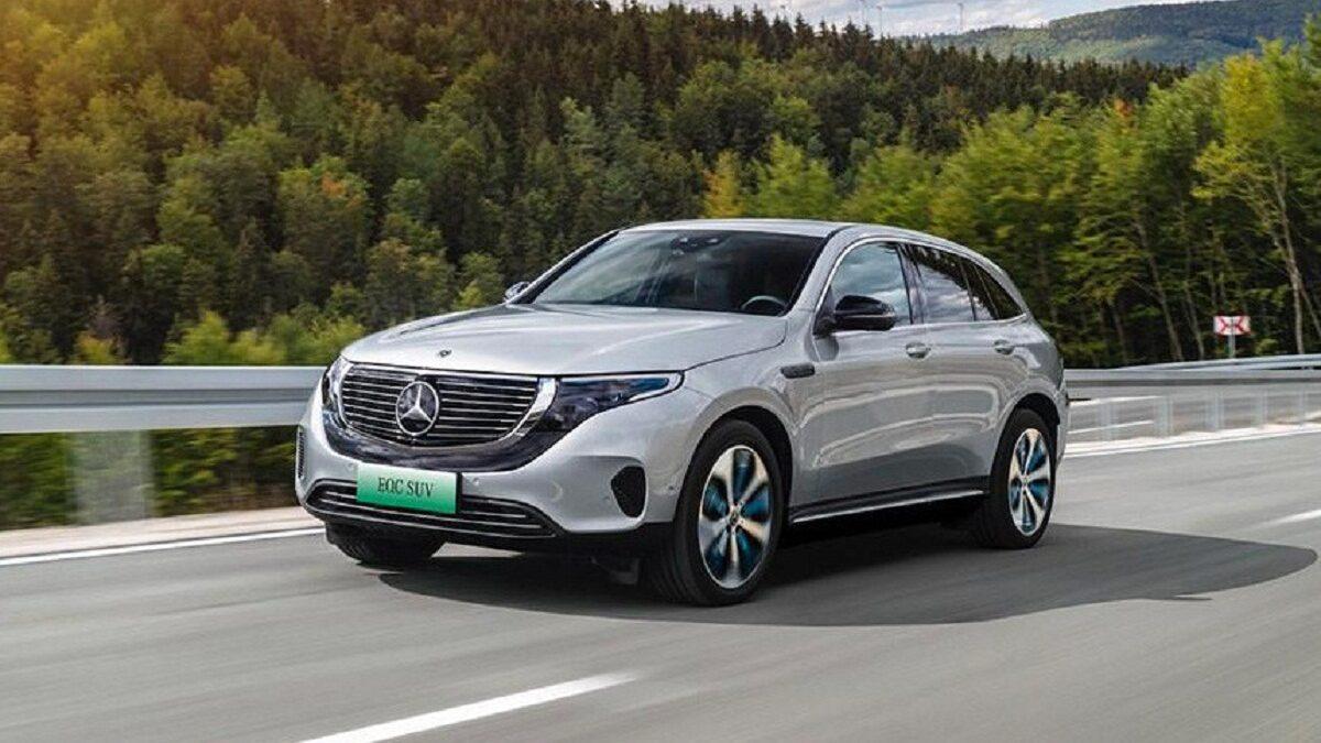 "Photo of The Mercedes 4matic EQC crossover has a ""Junior"" version"