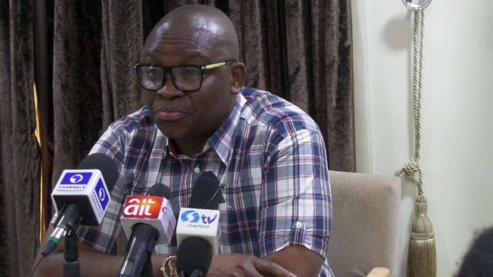 Fayose congratulates Obaseki, warns Him against returning to the APC
