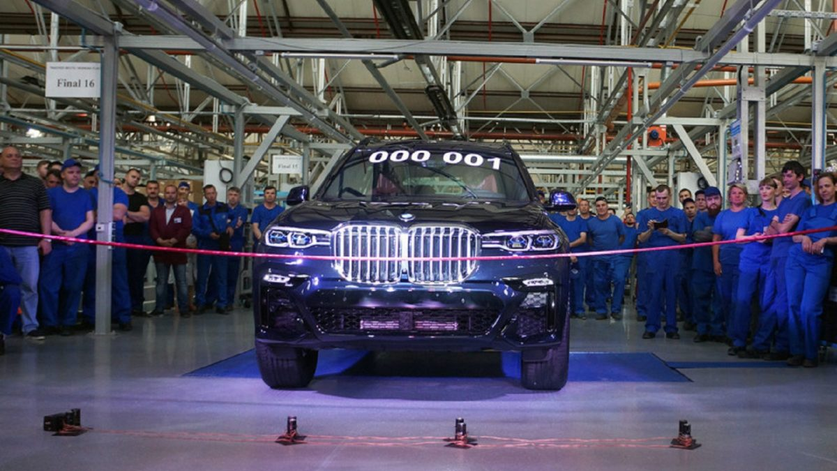 The fact is that BMW factories in Europe and the United States, which produce car kits for Assembly in Russia, did not supply them for some time due to the pandemic.