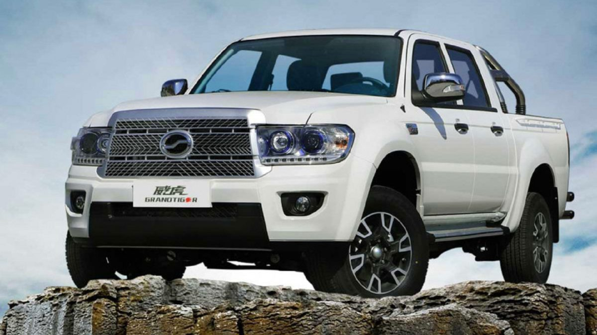 In 2007-2008, only 2,200 ZX Landmark frame SUVs and ZX Grandtiger pickups assembled at THE Amur plant in the Urals were sold. After that, the company