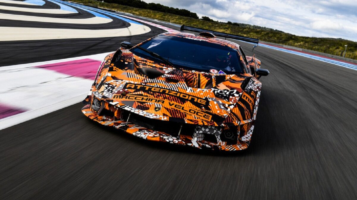 Photo of Track Lamborghini SCV12 breakout