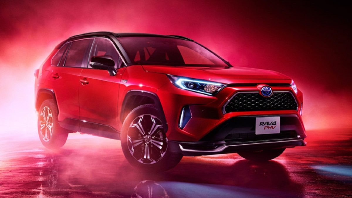 This car debuted last fall in America under the name Toyota RAV4 Prime. And in Japan, it will be sold as the Toyota RAV4 PHV (Plug-in Hybrid Vehicle),