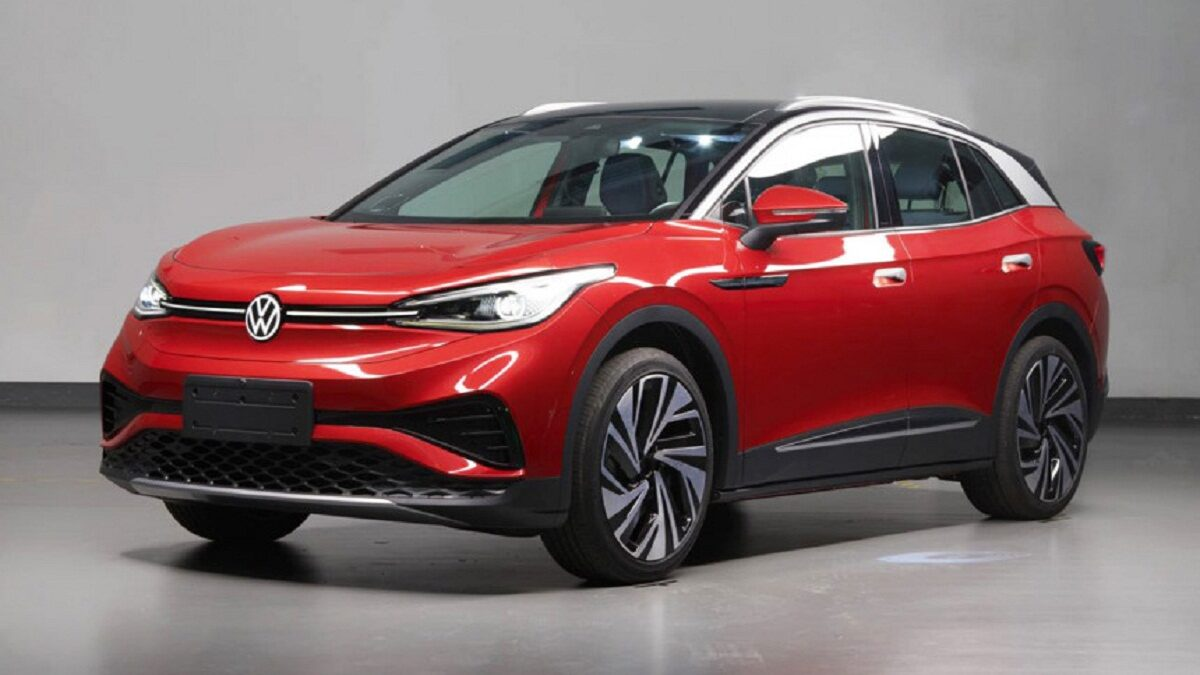 Just a few days after the photos from the Chinese certification database were leaked, another batch of images of the Volkswagen ID electric crossover appeared on the Network.4. the Red car in the photos is the ID.4X