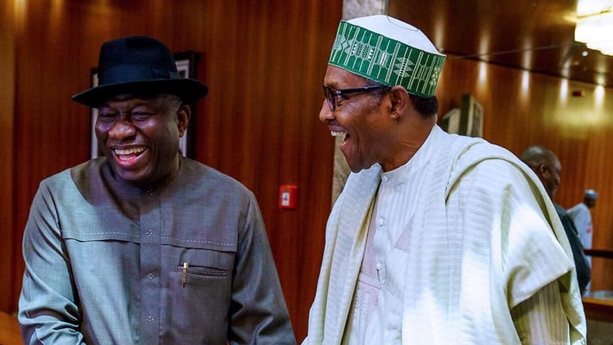 President Muhammadu Buhari is currently meeting behind closed doors with former President Goodluck Jonathan at the presidential Villa in Abuja