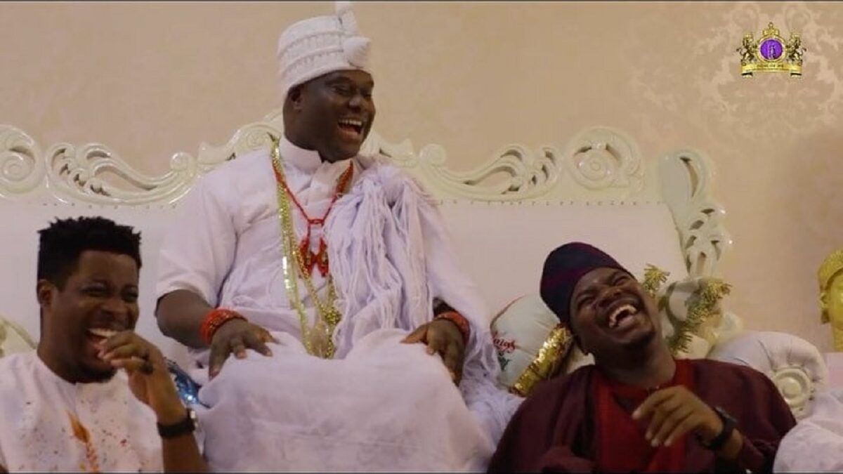 Nigerians on Twitter reacted to a new scene by Debo Adebayo, popularly known as Mr macaroni, which featured Ooni of Ife,
