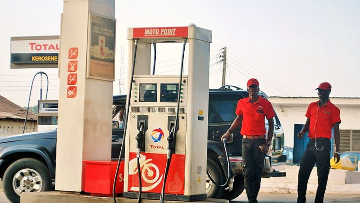 BREAKING: FG raises petrol price to N143.80