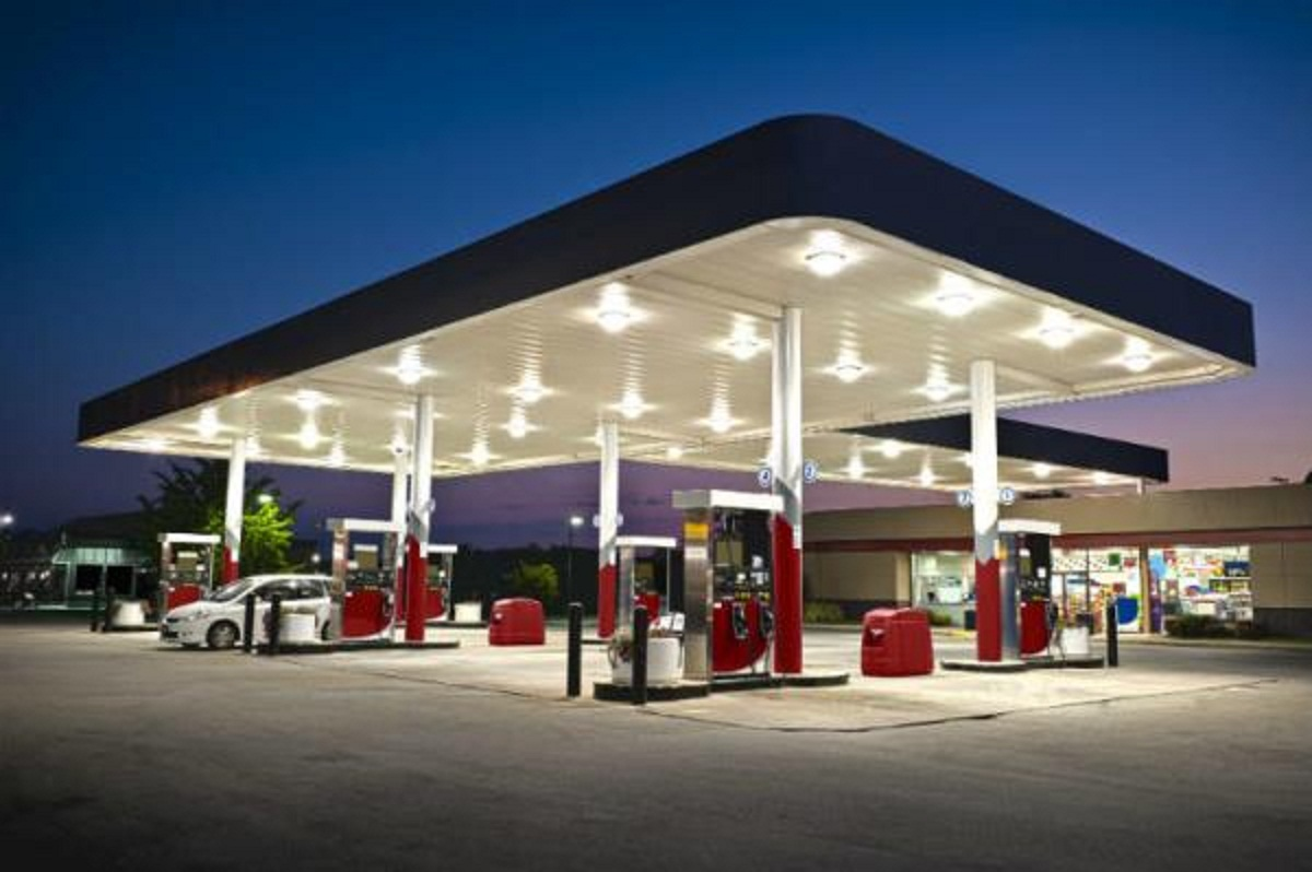 Nigerians may see another increase in retail gasoline prices, as the Petroleum Products Price Regulation Agency (PPPRA) has recommended an upward revision from N121.50