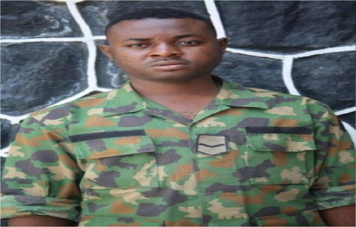 EFCC Arrests Soldier And 26 Others For Internet Fraud In Lagos