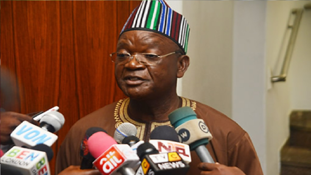 Gov Ortom insists that Nigerians should be allowed to carry AK-47 rifles