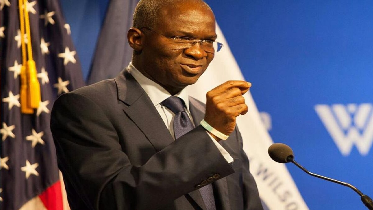 Reasons Why I Turned Down 17 Honorary Degrees - Fashola