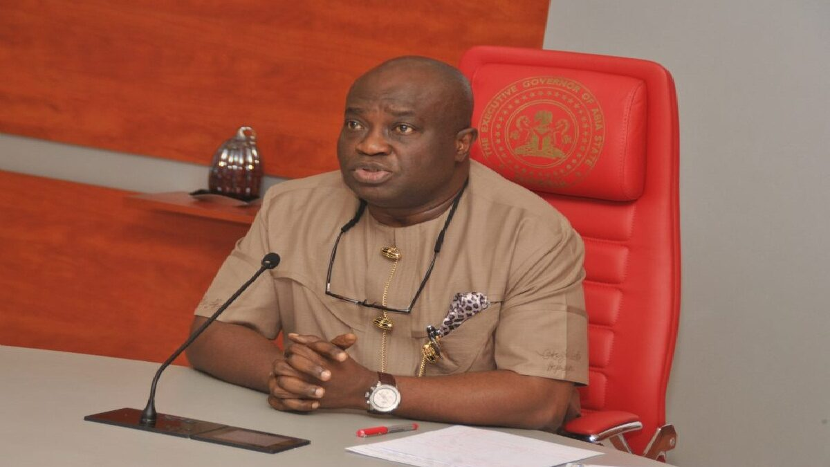 BREAKING: Abia State Governor Slashes Salaries Of All Political Appointees