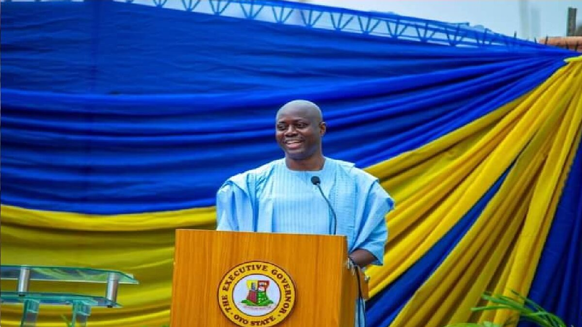 Governor Seyi Makinde flags off light up Oyo State Phase II