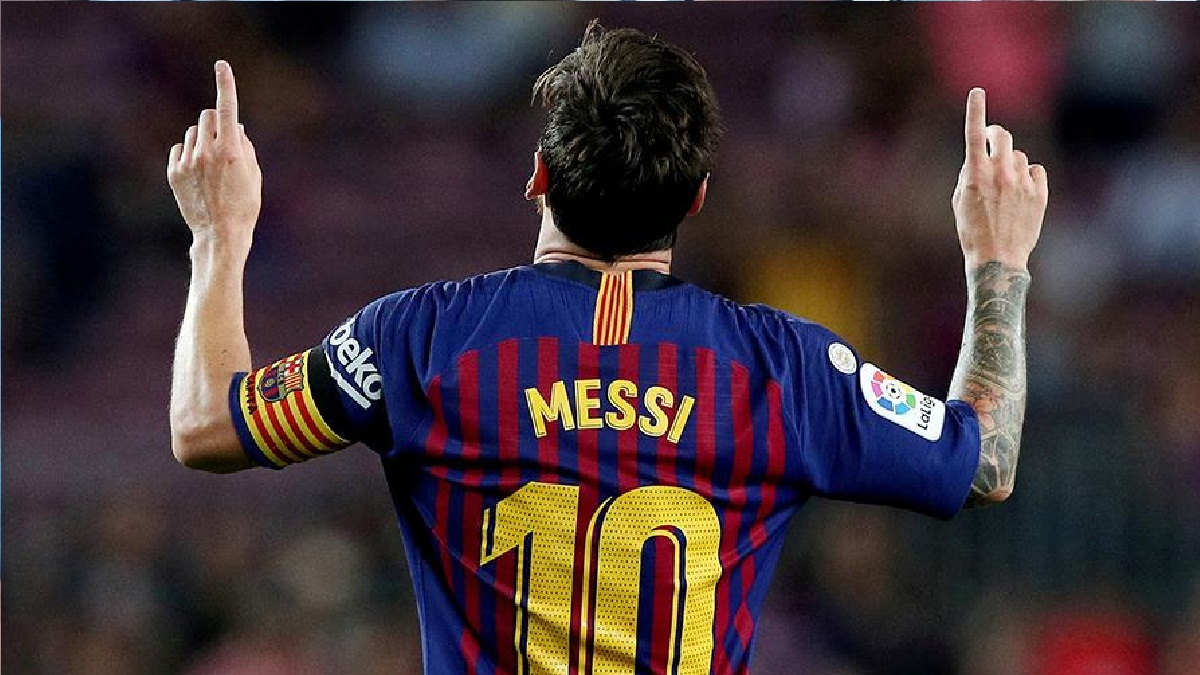 Messi decided to stay in Barcelona