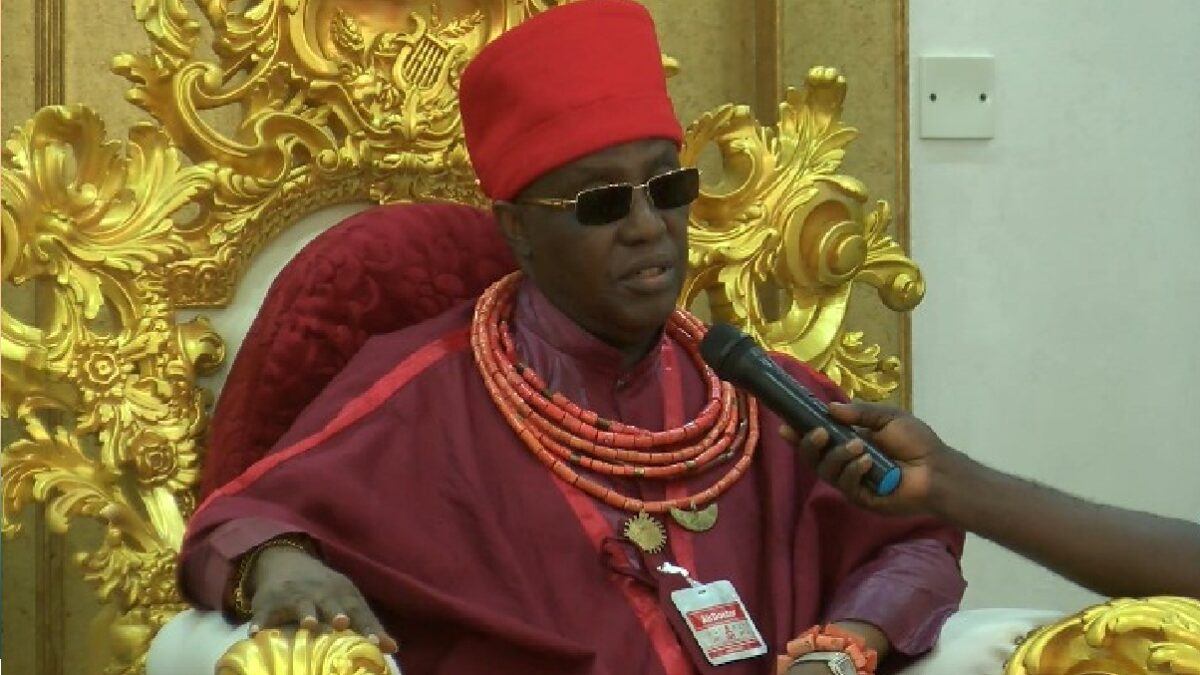 Oba of Benin warns PDP leaders, Don't control Obaseki