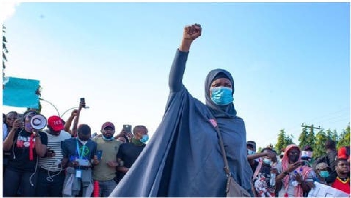 We Rejected Governors, Emefiele's Moves To Stop #EndSARS Protests- Aisha Yesufu