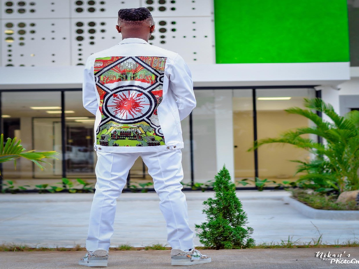 BBNaija Winner, Laycon Rocks Nigeria Themed Outfit To Mark Independence Day (Pix)