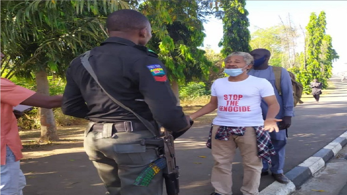 DSS arrests human rights lawyer, Omoribo for protesting at Presidential Villa