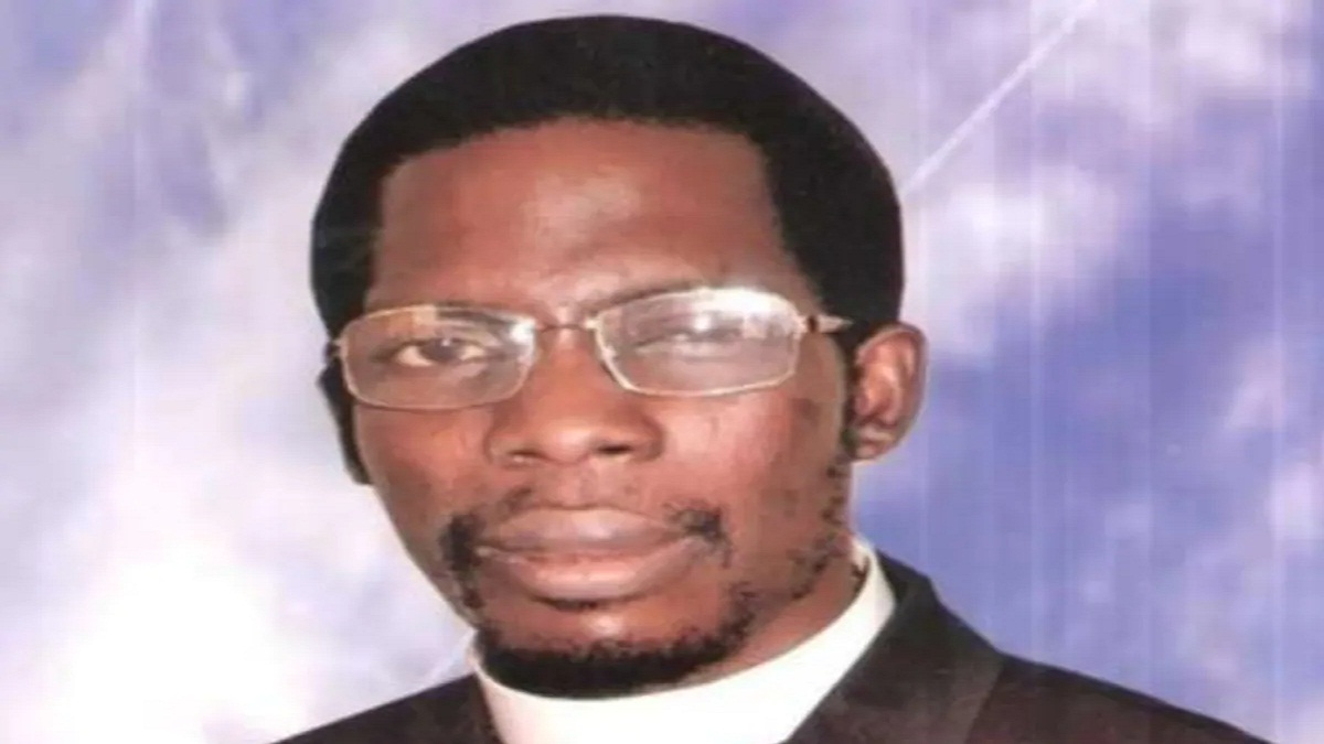 Apostle Paul Okikijesu of the Christ Apostolic Miracle Ministry, on Saturday, January 23, has prophesied that President Muhammadu Buhari may not continue in power till the end of 2021.