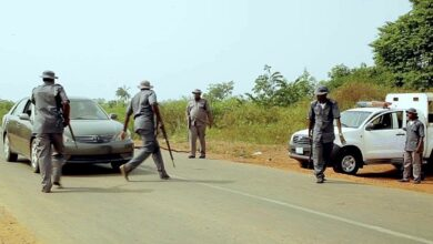BREAKING: Riot in Ogun as customs allegedly kill another youth[VIDEO]