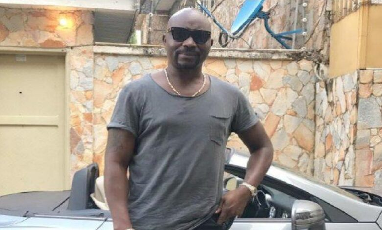 Fayose's brother show off N500K seed to Pastor Fatoyinbo's church
