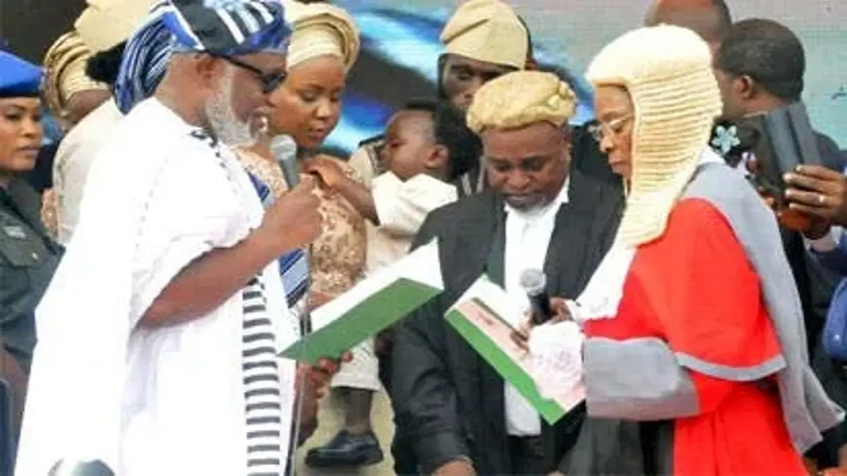 BREAKING: Akeredolu took oath for a second term as Agboola says he survived conspiracy
