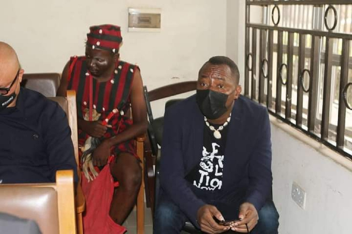 Socio-political activist Aisha Yesufu on Tuesday joked that Sahara Reporters publisher, and Former Presidential Aspirant, Omoyele Sowore, is mad following the latter's appearance in court on Tuesday.