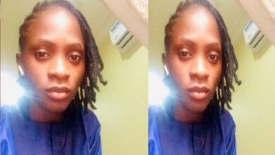 """Lady Shocked After Discovering """"Puff-Puff' Inside An Egg Roll In Lagos"""