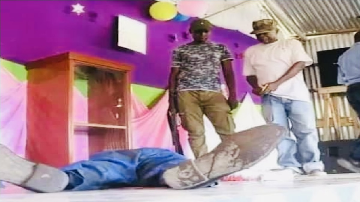 Pastor Stabs Wife To Death, Kills Himself During Church Service