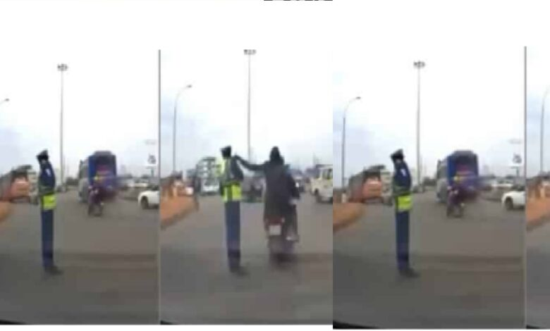 VIDEO: Thieves Snatch A Policeman's Phone In Broad Daylight