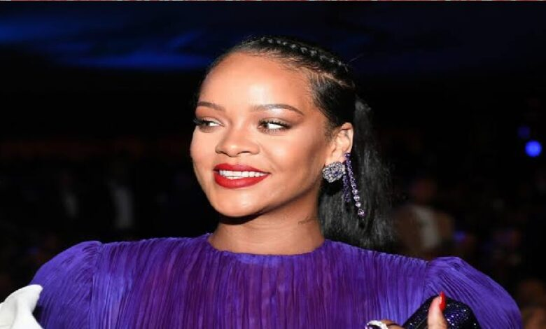 Rihanna Officially Becomes A Billionaire- Forbes